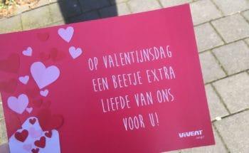 Thuiszorgteam verrast cliënten met Valentijnskaart